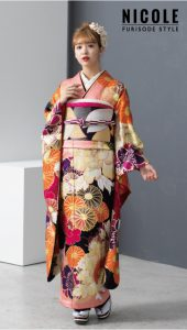 藤田ニコル-振袖×オレンジ|藤田ニコル にこるん着用振袖ご紹介