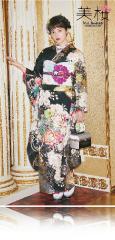 今田美桜×振袖-黒|今田美桜ちゃん着用の振袖をご紹介