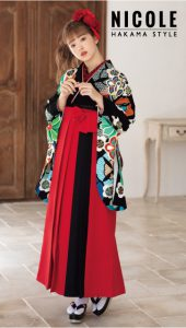 藤田ニコル×卒業袴-黒|藤田ニコル(にこるん)着用の袴をご紹介