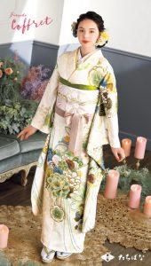 稲垣姫奈×振袖-白|成人式の新作振袖ご紹介 CF-109