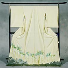 105 豊丘村 「泉龍院藤棚」 色留袖